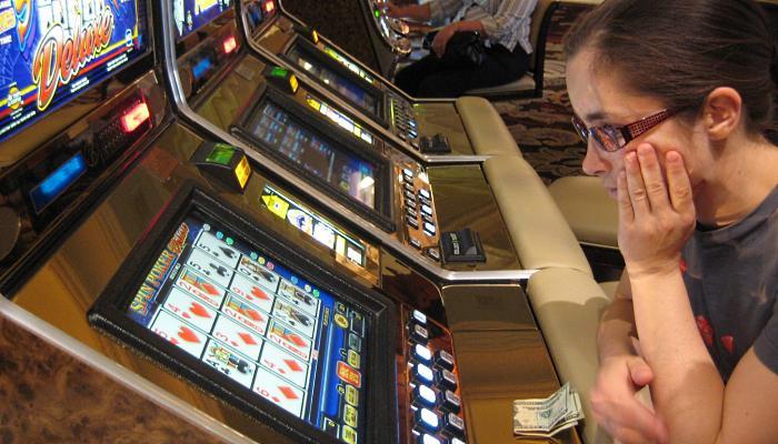 отучить игромана ходить в казино